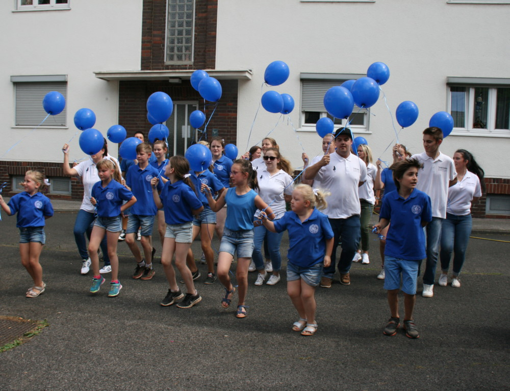 """Sommerfest Blau- Weiss 2017 mit Straßenfest """" Am Clementinenhof"""""""